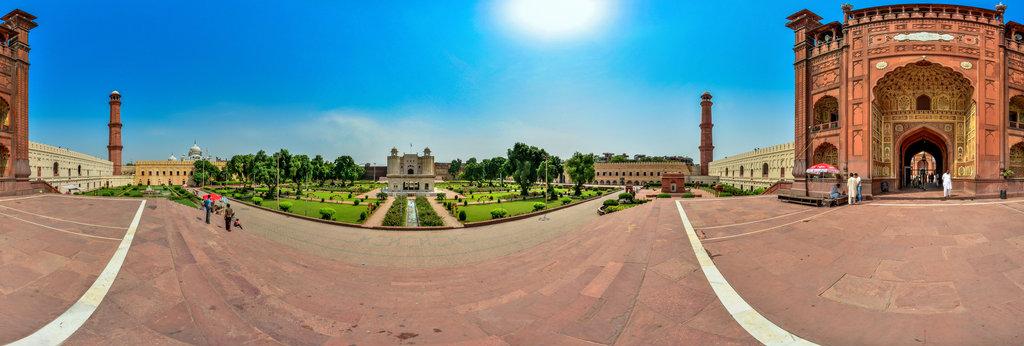 The Badshahi Mosque (Urdu: بادشاہی مسجد , Imperial Mosque) in